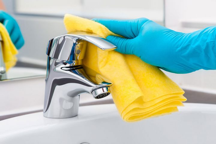 How to Clean Bathroom Taps In an Easy Way